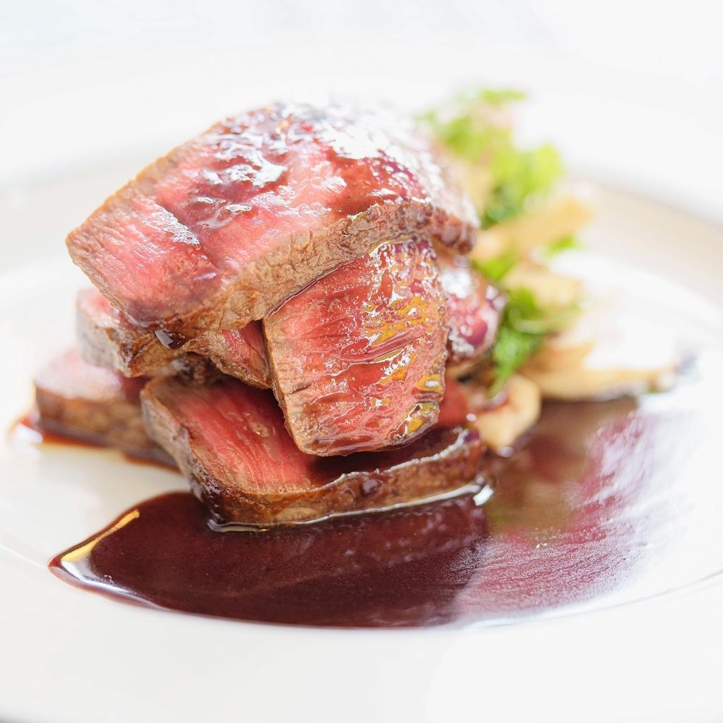 世界に誇る神戸牛(Kobe Beef)