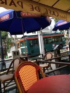 シティーループバスとカフェ