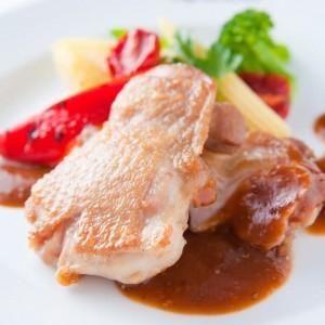 若鶏のロースト 茸のソース